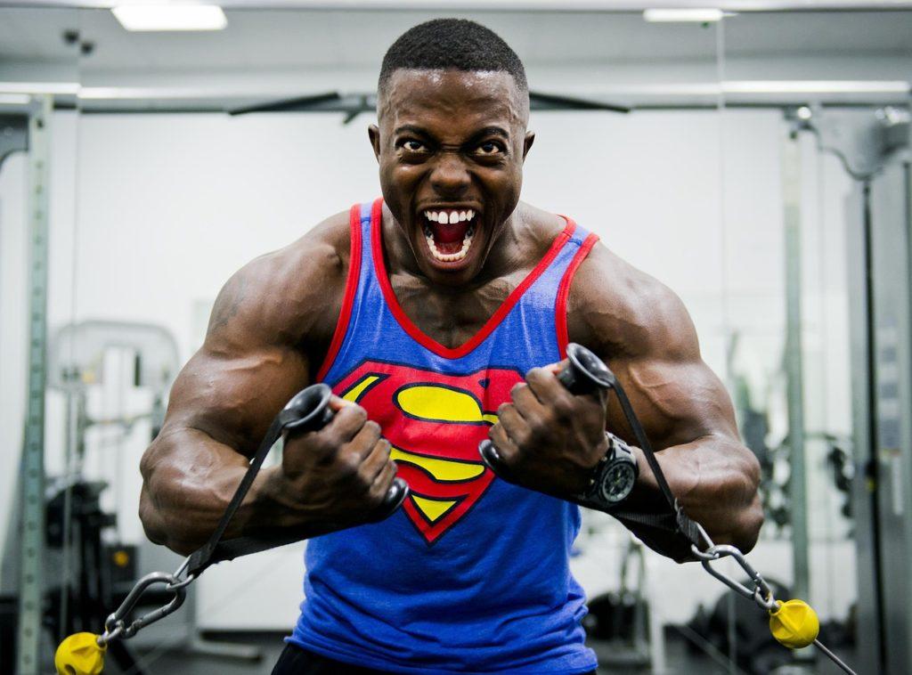 Bodybuilder en action