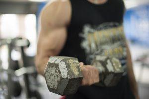 Prendre du muscle sans rien faire est possible